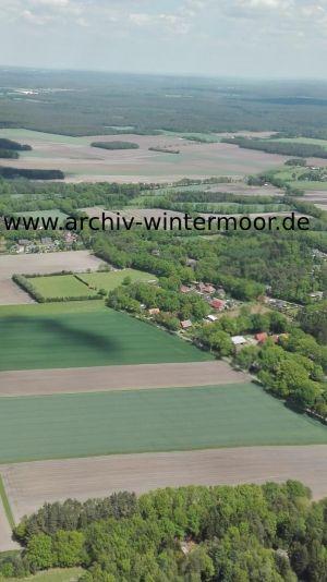Luftbild Vor Den Höfen Und Sportplatz Im Mai 2017 Web