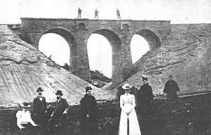 Dumpetal: Der Viadukt am Höpen im Bau.