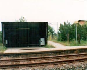 Wartehäuschen Bahnhof Wintermoor im Sommer 1993