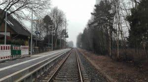Blick über die Gleise nach Süden, Bahnhof Wintermoor im Januar 2017