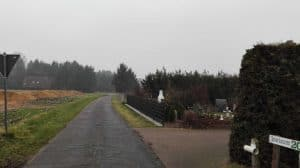 Blick nach Westen vom Wintermoorer Kirchweg in den Flattweg hinein, Januar 2017 (rechts Einfahrt zu Inselmann)