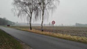Wintermoorer Kirchweg mit Blick nach Norden auf den Flattweg im Januar 2017