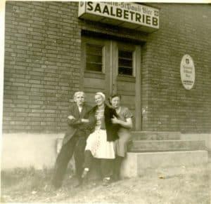 Saalbetrieb bei Meyers Gasthaus in Geversdorf
