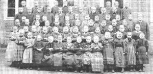 Schule Wintermoor 1896 - aus Chronik 200 Jahre Wintermoor-Geversdorf