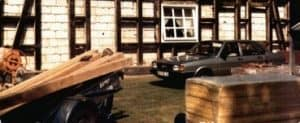 Beim Umbau 1985-86 des Ramakershofs wird das Fachwerk teilweise ausgemauert.