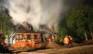Gebäudebrand in Wintermoor 16.05.2009, Bild: feuerwehr-heidekreis.de