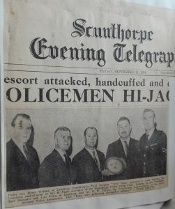 Titelseite des Scunthorpe Evening Telegraph am 11. September 1964 über den Polizei-Austausch mit Hans Michael