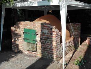 Vor den Höfen 10 Dohrmannscher Hof Baustelle historischer Brotbackofen im Mai 2017