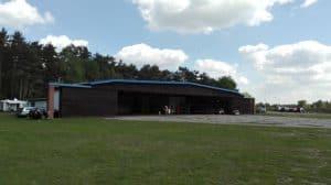 Hangar am Segelflugplatz Reinsehlen im Mai 2017
