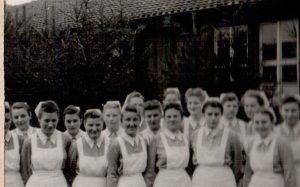 Krankenschwestern im Ausweichkrankenhaus Wintermoor um 1944-47