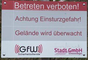 Verbotsschild der Stadt GmbH beim Krankenhaus Wintermoor Dez 2020